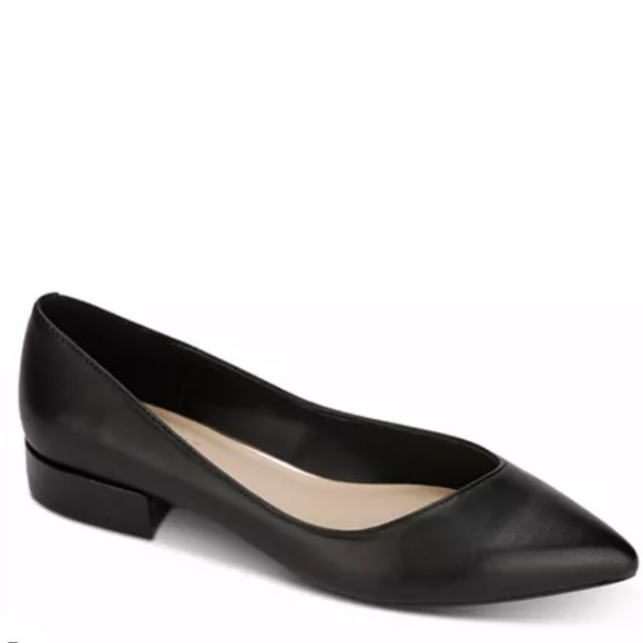 Kenneth Cole Women's Camelia Pointed Toe Flats